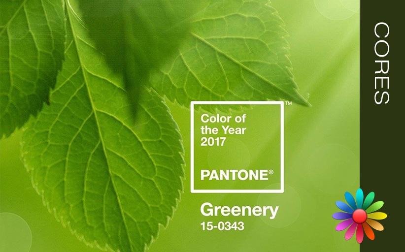 Verde Greenery  ( Cor Pantone 2017)